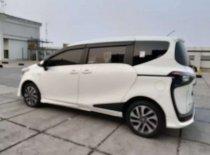 Butuh dana ingin jual Toyota Sienta Q 2016