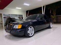 Jual Mercedes-Benz E-Class E 320 kualitas bagus