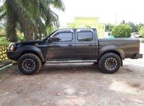 Jual Nissan Navara 2010 termurah