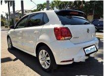 Butuh dana ingin jual Volkswagen Polo Highline 2016