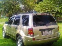 Butuh dana ingin jual Ford Escape XLT 2004