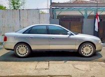 Butuh dana ingin jual Audi A4 2000