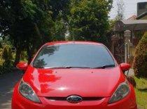 Butuh dana ingin jual Ford Fiesta Trend 2010