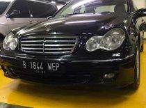Butuh dana ingin jual Mercedes-Benz C-Class 230 2006