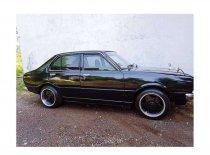 Butuh dana ingin jual Toyota Corolla 1978