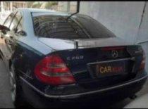 Jual Mercedes-Benz E-Class 2004, harga murah