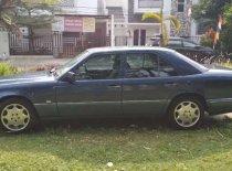 Jual Mercedes-Benz E-Class 1995, harga murah