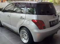 Toyota IST 2004 Hatchback dijual