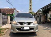 Jual Toyota Kijang Innova E 2.0 2011