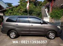 Butuh dana ingin jual Toyota Kijang Innova V Luxury 2010
