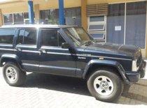 Butuh dana ingin jual Jeep Cherokee Limited 2000