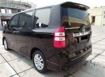 Jual Toyota NAV1 2014 kualitas bagus