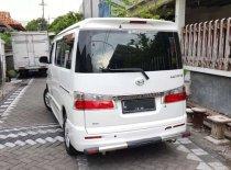 Butuh dana ingin jual Daihatsu Luxio X Prestige 2015