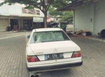 Jual Mercedes-Benz E-Class 1990 kualitas bagus