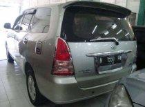 Butuh dana ingin jual Toyota Kijang Innova 2.0 G 2005