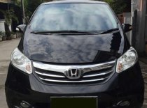 Butuh dana ingin jual Honda Freed 2013