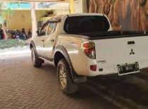 Butuh dana ingin jual Mitsubishi Triton 2014