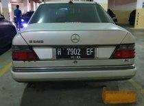 Jual Mercedes-Benz E-Class E 230 1990
