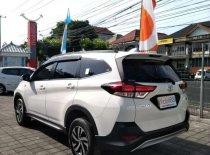 Butuh dana ingin jual Toyota Rush G 2018
