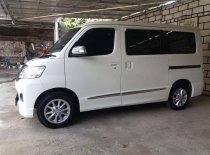 Daihatsu Luxio X 2014 Minivan dijual
