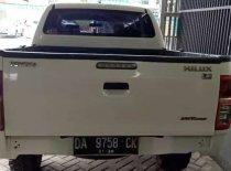 Butuh dana ingin jual Toyota Hilux E 2014