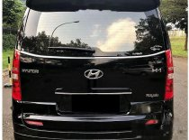 Butuh dana ingin jual Hyundai H-1 Royale Next Generation 2015