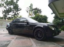 Butuh dana ingin jual Mercedes-Benz E-Class E 200 2004
