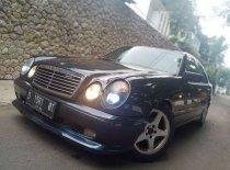 Jual Mercedes-Benz E-Class 1996, harga murah