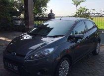 Butuh dana ingin jual Ford Fiesta Trend 2011