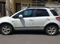 Butuh dana ingin jual Suzuki SX4 Cross Over 2009