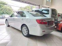 Butuh dana ingin jual Toyota Camry G 2013