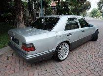 Jual Mercedes-Benz E-Class 1995 kualitas bagus