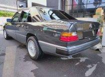 Jual Mercedes-Benz E-Class E 300 1989