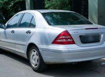 Butuh dana ingin jual Mercedes-Benz C-Class C200 2002