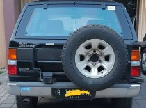 Butuh dana ingin jual Nissan Terrano Grandroad G1 1997