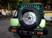 Butuh dana ingin jual Suzuki Jimny 1983