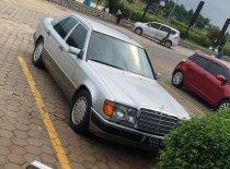 Jual Mercedes-Benz 300E 1989