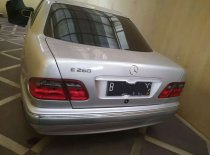 Mercedes-Benz E-Class E 280 2001 Sedan dijual