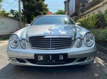Butuh dana ingin jual Mercedes-Benz E-Class E 200 2005