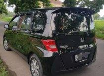 Butuh dana ingin jual Honda Freed 1.5 2012