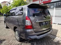 Butuh dana ingin jual Toyota Kijang Innova G 2012