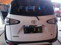 Butuh dana ingin jual Toyota Sienta G 2016