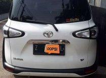 Butuh dana ingin jual Toyota Sienta V 2017