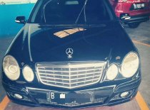 Mercedes-Benz E-Class E 200 2009 Sedan dijual