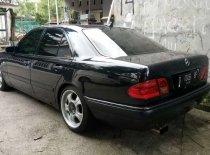 Mercedes-Benz E-Class E 230 1996 Sedan dijual