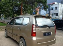 Butuh dana ingin jual Daihatsu Xenia M DELUXE 2004