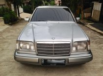 Jual Mercedes-Benz E-Class 1994 kualitas bagus