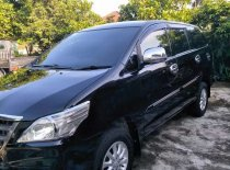 Butuh dana ingin jual Toyota Kijang Innova E 2015