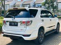 Butuh dana ingin jual Toyota Fortuner G 4x4 VNT 2013