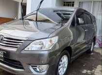 Butuh dana ingin jual Toyota Kijang Innova V Luxury 2012